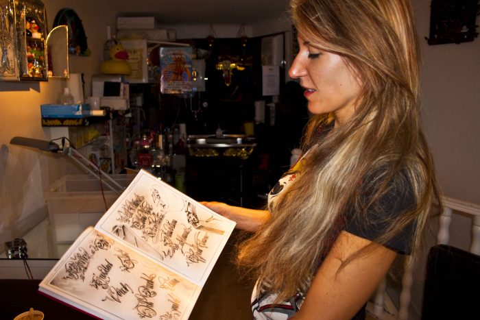 monika weber interview im tattoo studio. Black Bedroom Furniture Sets. Home Design Ideas