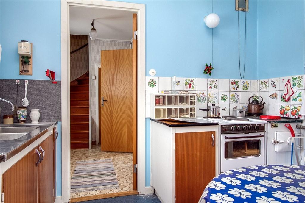 ein haus in schweden kaufen. Black Bedroom Furniture Sets. Home Design Ideas