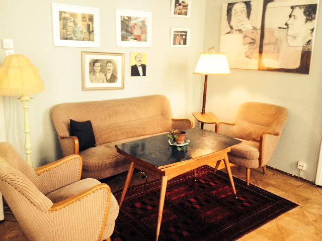 60er wohnzimmer familie rockt media for Wohnzimmer 60er