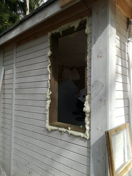 Fenster Holzhaus einbauen